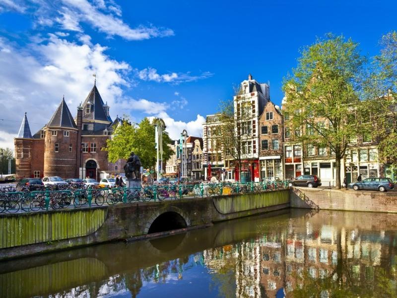 AMSTERDAM - KINGS DAY