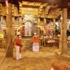 Sri Lanka - - kendi - kandy - grad - centar - suma - botanicka basta - ljudi - stanovnistvo - budin zub - hram -
