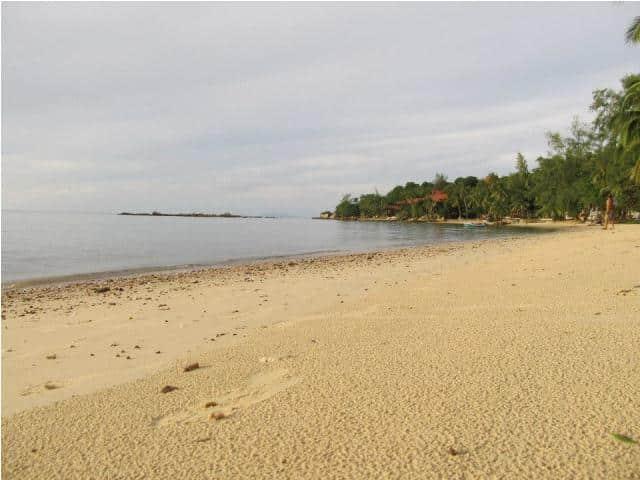 mangatrip-tajland-avantura-pogled-na-plazu-posle-kise