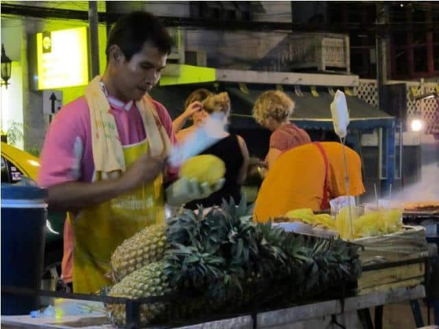 mangatrip-tajland-avantura-pohovani-ananas