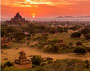 Myanmar Manga Trip