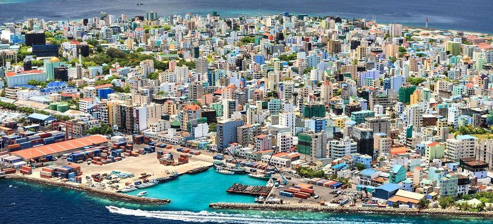 Male ostrvo Maldivi