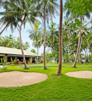 Holiday Island Resort Spa Maldivi 3