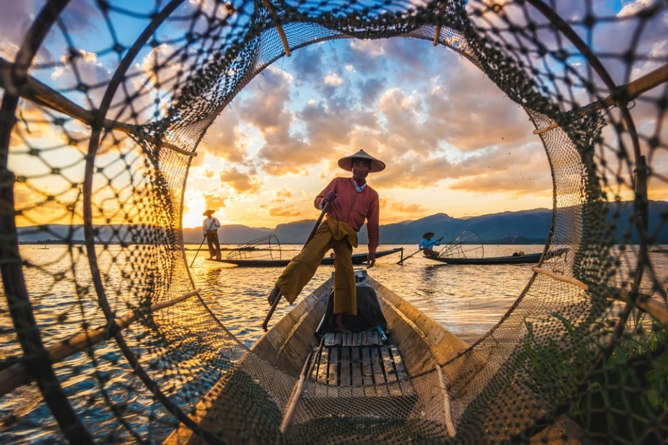 Internet stranica za upoznavanje u Mijanmaru